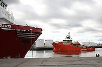 Oil Supply Ship Grampian Don sails past the Siem Danis leaving Aberdeen Harbour..