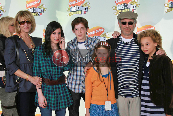Kate Capshaw with Steven Spielberg and family<br />Polly Draper<br />at Nickelodeon's 20th Annual Kids' Choice Awards. Pauley Pavillion, Westwood, CA. 03-31-07<br />Dave Edwards/DailyCeleb.com 818-249-4998