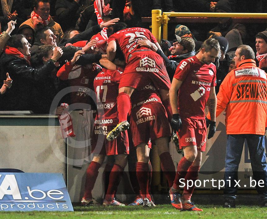 KV Kortrijk - AA Gent : vreugde bij Kortrijk na de 1-0.foto VDB / BART VANDENBROUCKE