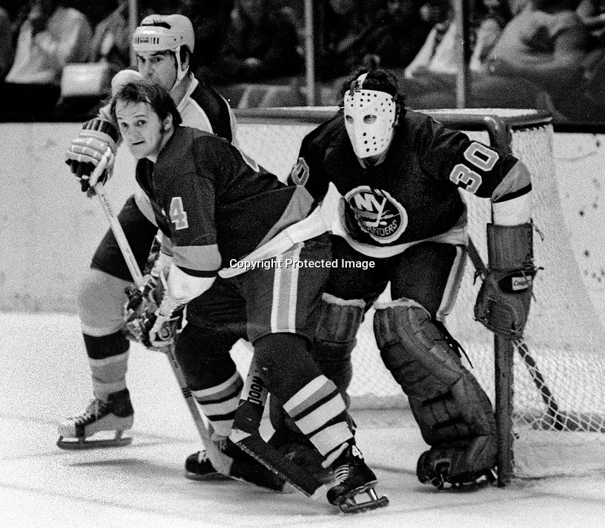 California Golden Seals vs. New York Islanders<br />