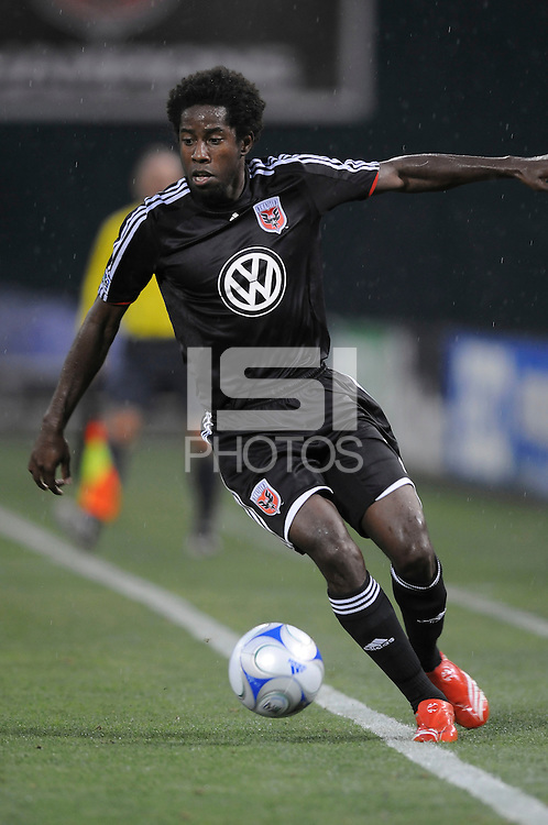 DC United midfielder Clyde Simms (19),DC United defeated The New York Red Bulls 4-1, at RFK Stadium in Washington DC, Saturday June 14, 2008.