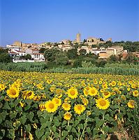 Spain, Catalonia, Costa Brava, Pals: View of Town | Spanien, Katalonien, Costa Brava, Pals: Stadtansicht