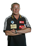 Handball Bundesliga 2005/2006 Autogrammkarten Concordia Delitzsch Trainer Uwe JUNGANDREAS (Concordia) Autogrammkarte, Portrait, Studio, Freisteller.