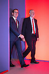 © Joel Goodman - 07973 332324 . 24/09/2016 . Liverpool , UK . The two candidates step on to the stage for the Labour Party leadership declaration in the campaign between Jeremy Corbyn and Owen Smith , at the Liverpool Arena and Convention Centre ahead of the party's 2016 Conference . Photo credit : Joel Goodman