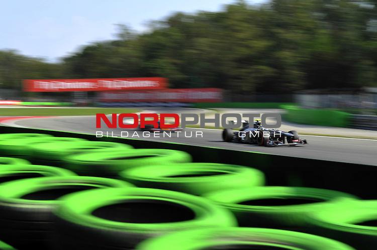 05.-08.09.2011, Autodromo Nationale, Monza, ITA, F1, Grosser Preis von Italien, Monza, im Bild  Esteban Gutierrez (MEX) Sauber F1 Team <br />  Foto &copy; nph / Mathis