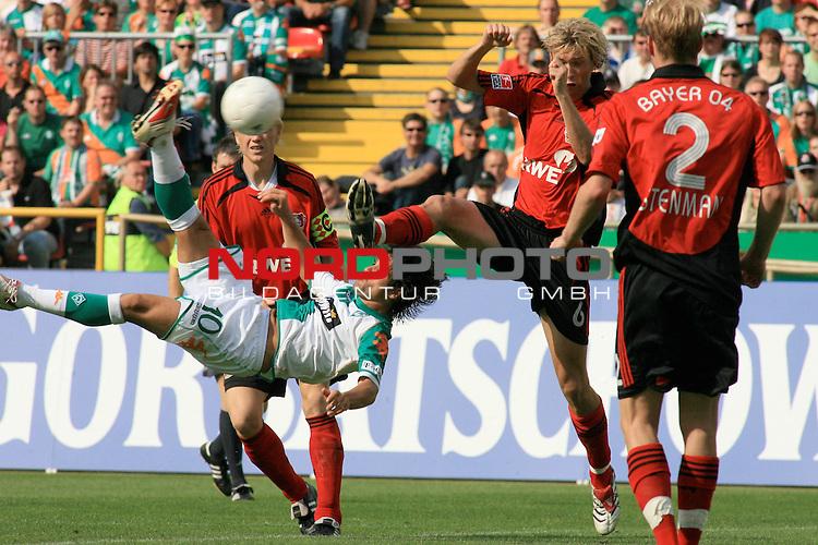 FBL 2006/2007 2. Spieltag Hinrunde<br /> Werder Bremen vs Bayer 04 Leverkusen 2:1<br /> <br /> Diego mit einem gekonnten Fallrueckzieher<br /> <br /> Foto &copy; nordphoto <br /> <br /> <br /> <br />  *** Local Caption ***