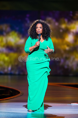 AUBURN HILLS, MI - SEPTEMBER 12: Oprah Winfrey captivates the audience on stage at The Palace Of Auburn Hills on September 12, 2014 in Auburn Hills, Michigan. Photo Credit: RTNSchwegler / MediaPunch