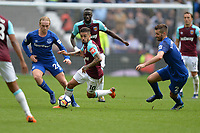 Manuel Lanzini of West Ham and `Morgan Schneiderin Of Everton and Tom Davies Of Everton during West Ham United vs Everton, Premier League Football at The London Stadium on 13th May 2018