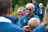 King of Sweden greeting scouts. Photo: Mikko Roininen / Scouterna