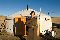 Tserendulam, nomad woman<br /> in front of her yurt