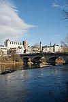 20080110 - France - Aquitaine - Pau<br /> LE CHATEAU DE PAU ET LE PARLEMENT DE NAVARRE VU DU PONT DU 14 JUILLET.<br /> Ref : PAU_023.jpg - © Philippe Noisette.