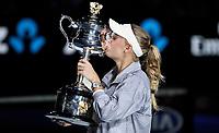 MELBOURNE,AUSTRALIA,27.JAN.18 - TENNIS - WTA Tour, Grand Slam, Australian Open, award cermeony. Image shows Caroline Wozniacki (DEN). Keywords: trophy. Photo: GEPA pictures/ Matthias Hauer / Copyright : explorer-media