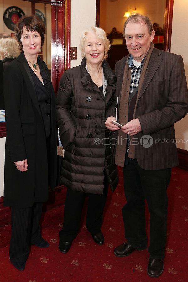 "NO REPRO FEE. 17/1/2010. The Field opening night.Ingrid Craigne, Dearbhla Molloy and Dermot Crowley are pictured at the Olympia Theatre for the opening night of John B Keanes 'The Field"" Picture James Horan/Collins"