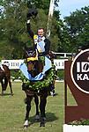 02.06.2019,  GER;  Deutsches Spring- und Dressur-Derby, 90. Deutsches Spring-Derby, im Bild Sieger Nisse Lueneburg (GER)) auf Cordillo  bei der Siegerehrung Foto © nordphoto / Witke *** Local Caption ***