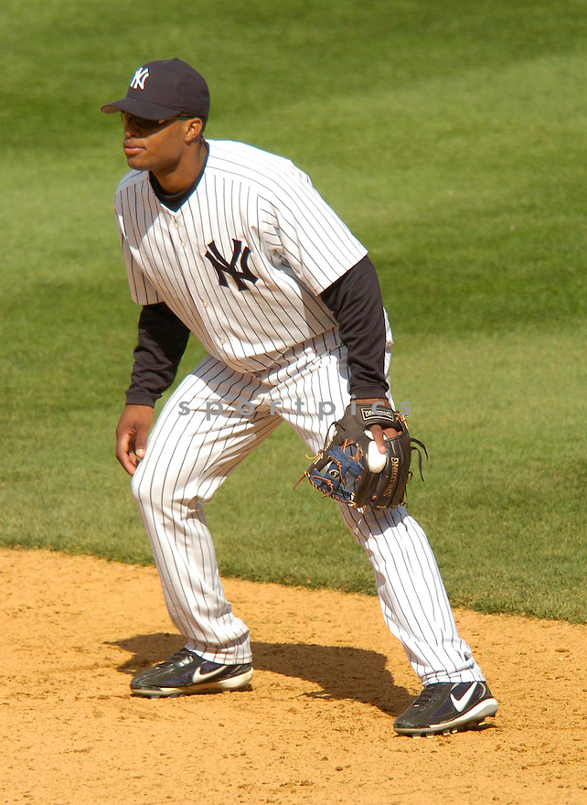 Robinson Cano, of the New York Yankees in action against the Kansas City Royal in New York....Chris Bernacchi / SportPics