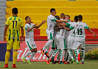 BUCARAMANGA - COLOMBIA, 18-02-2018: Jugadores de Leones FC celebran después de anotar un gol a Atlético Bucaramanga durante partido por la fecha 4 de la Liga Águila I 2018 jugado en el estadio Alfonso López de la ciudad de Bucaramanga. / Players of Leones FC celebrate after scoring a goal to Atletico Bucaramanga during match for the date 4 of the Aguila League I 2018 played at Alfonso Lopez stadium in Bucaramanga city. Photo: VizzorImage / Oscar Martínez / Cont