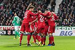 01.12.2018, Weserstadion, Bremen, GER, 1.FBL, Werder Bremen vs FC Bayern Muenchen<br /> <br /> DFL REGULATIONS PROHIBIT ANY USE OF PHOTOGRAPHS AS IMAGE SEQUENCES AND/OR QUASI-VIDEO.<br /> <br /> im Bild / picture shows<br /> Jubel zum 1:2, Serge Gnabry (FC Bayern Muenchen #22) bejubelt seinen Treffer zum 1:2 mit Leon Goretzka (FC Bayern Muenchen #18), Robert Lewandowski (FC Bayern Muenchen #09), <br /> <br /> Foto &copy; nordphoto / Ewert