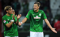 FUSSBALL   1. BUNDESLIGA   SAISON 2012/2013   4. SPIELTAG SV Werder Bremen - VfB Stuttgart                         23.09.2012        Clemens Fritz (li) und Sebastian Proedl (re, beide SV Werder Bremen) sind nach dem Abpfiff enttaeuscht
