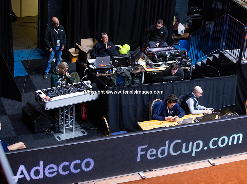 Den Bosch, The Netherlands, Februari 10, 2019,  Maaspoort , FedCup  Netherlands - Canada, doubles match Sunday : Technical corner<br /> Photo: Tennisimages/Henk Koster