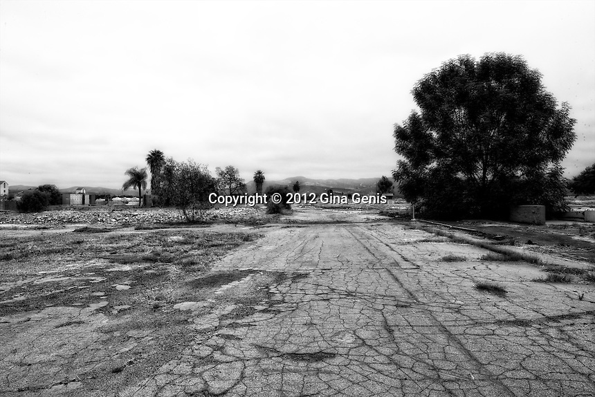 Images from the abandoned El Toro Marine base in Irvine, CA. The base was closed in 1999. It is being turned into The Great Park which will be bigger than NY's Central Park when finished.
