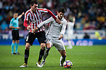 Alvaro Morata (r) of Real Madrid battles for the ball with Aymeric Laporte of Athletic Club during their La Liga match between Real Madrid and Athletic Club at the Santiago Bernabeu Stadium on 23 October 2016 in Madrid, Spain. Photo by Diego Gonzalez Souto / Power Sport Images