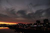 SÃO PAULO, SP,23.05.2015 - CLIMA-SP - Entardecer visto do bairro da Freguesia do Ó zona norte da cidade de São Paulo,<br /> neste sábado (23). (Foto: Marcio Ribeiro / Brazil Photo Press)