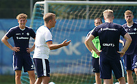 Trainer Markus Anfang (SV Darmstadt 98) gibt Anweisungen - 01.08.2020: SV Darmstadt 98 Trainingsauftakt, Stadion am Boellenfalltor, 2. Bundesliga, emonline, emspor<br /> <br /> DISCLAIMER: <br /> DFL regulations prohibit any use of photographs as image sequences and/or quasi-video.