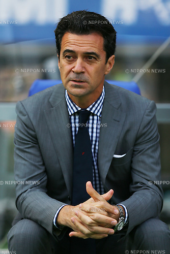 Massimo Ficcadenti (FC Tokyo), OCTOBER 24, 2015 - Football / Soccer : FC Tokyo head coach Massimo Ficcadenti before the 2015 J1 League 2nd stage match between F.C.Tokyo 3-4 Urawa Red Diamonds at Ajinomoto Stadium in Tokyo, Japan. (Photo by AFLO)