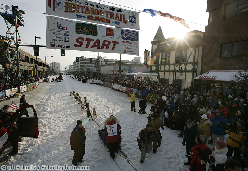 Mitch Seavey leaves the Anchorage start line on 4th avenue during the start of the Iditarod.