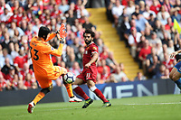 Liverpool 27-08-2017 Anfield  <br /> Football - 2017 / 2018 Premier League - Liverpool vs. Arsenal Mohamed Salah of Liverpool and Petr Cech of Arsenal at Anfield. COLORSPORT/LYNNE CAMERON/IMAGO/Insidefoto