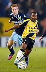 Nederland, Breda, 23 november 2012.Seizoen 2012-2013.Eredivisie .NAC Breda-ADO Den Haag.Elson Hooi (r.) van NAC Breda en Mike van Duinen (l.) strijden om de bal.