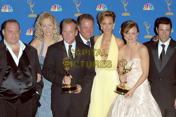 MARY LYNN RAJSKUB, KIEFER SUTHERLAND, KIM RAVER, JEAN SMART, JAYNE ATKINSON & CARLOS BERNARD - CAST OF 24.58th Annual Primetime Emmy Awards held at the Shrine Auditorium, Los Angeles, California, USA..August 27th, 2006.Ref: ADM/CH.half length black dress strapless awards trophy yellow.www.capitalpictures.com.sales@capitalpictures.com.©Charles Harris/AdMedia/Capital Pictures.