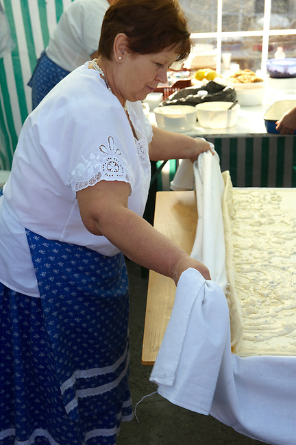 Women making Strudel from the Neszmely area. ( Retessutø Assonyok ) Hungarian Regional Gastronomic Festival 2009 - Gyor ( Gy?r ) Hungary