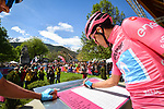 Maglia Rosa Richard Carapaz (ECU) Movistar Team at sign on before Stage 18 of the 2019 Giro d'Italia, running 222km from Valdaora-Olang to Santa Maria di Sala, Italy. 30th May 2019<br /> Picture: Massimo Paolone/LaPresse | Cyclefile<br /> <br /> All photos usage must carry mandatory copyright credit (© Cyclefile | Massimo Paolone/LaPresse)