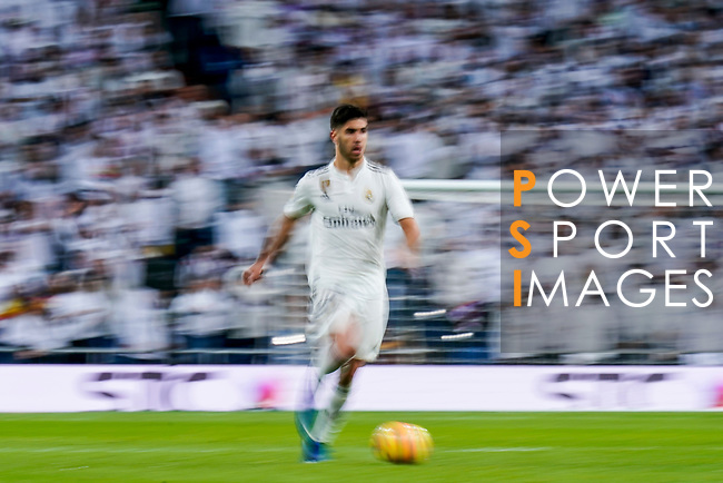 Marco Asensio Willemsen of Real Madrid in action during the La Liga 2018-19 match between Real Madrid and Rayo Vallencano at Estadio Santiago Bernabeu on December 15 2018 in Madrid, Spain. Photo by Diego Souto / Power Sport Images
