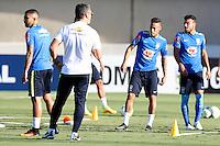 GOIANIA, GO, 28.07.2016 - BRASIL-JAP&Atilde;O - Neymar Jr (2 D) durante treino da sele&ccedil;&atilde;o ol&iacute;mpica brasileira de futebol no Est&aacute;dio Serra Dourada, em Goi&acirc;nia (GO), na tarde desta quinta-feira, 28. A equipe enfrentar&aacute; o Jap&atilde;o em partida amistosa no s&aacute;bado (30), em prepara&ccedil;&atilde;o para os Jogos Ol&iacute;mpicos do Rio.<br />   (Foto: Marcos Souza/Brazil Photo Press)