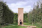 KRAFT..Choregraphe-interprete : Virginie GARCIA..Compositeur : Fernando GARNERO / Percussions : Helene COLOMBOTTI..Cadre : Plastique Danse Flore..Lieu: Le potager du roi - Jardin Legendre..Ville : Versailles..le 18/09/2011..© Laurent Paillier / photosdedanse.com..All rights reserved