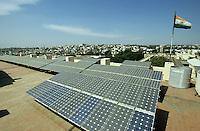 "S?dasien Asien Indien IND Karnataka Bangalore .Photovoltaik Anlage auf dem Dach des staatlichen Betriebes BHEL produziert Kraftwerke Turbinen Solaranlagen - Wirtschaft Industrie Energieerzeugung Energiemarkt Energiesektor Stromerzeugung Strom Stromnetz Energienetz Energieverbrauch Infrastruktur saubere gr?ne alternative erneuerbare regenerative Energie Solar Solarzellen Solarmodule Photovoltaik Solarenergie indische Flagge Fahne xagndaz | .South Asia India Karnataka Bangalore .roof with solar modules at indian state owned company BHEL who produce turbine power station equipment solar panel -  indian energy economy industry renewables solar energy grid infrastructure power generation supply green development growth modern .| [ copyright (c) Joerg Boethling / agenda , Veroeffentlichung nur gegen Honorar und Belegexemplar an / publication only with royalties and copy to:  agenda PG   Rothestr. 66   Germany D-22765 Hamburg   ph. ++49 40 391 907 14   e-mail: boethling@agenda-fototext.de   www.agenda-fototext.de   Bank: Hamburger Sparkasse  BLZ 200 505 50  Kto. 1281 120 178   IBAN: DE96 2005 0550 1281 1201 78   BIC: ""HASPDEHH"" ,  WEITERE MOTIVE ZU DIESEM THEMA SIND VORHANDEN!! MORE PICTURES ON THIS SUBJECT AVAILABLE!! INDIA PHOTO ARCHIVE: http://www.visualindia.net ] [#0,26,121#]"
