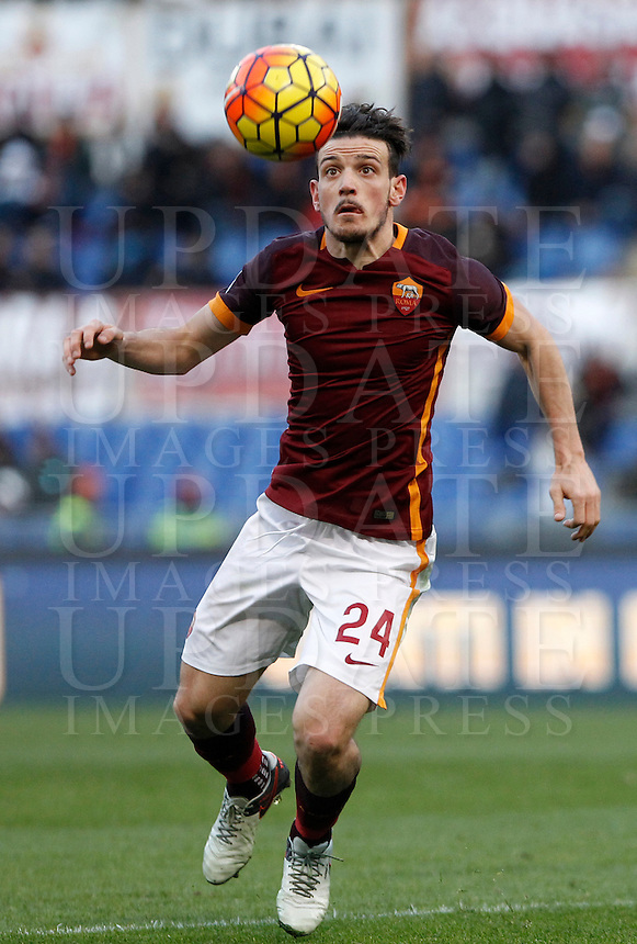 Calcio, Serie A: Roma vs Hellas Verona. Roma, stadio Olimpico, 17 gennaio 2016.<br /> Roma&rsquo;s Alessandro Florenzi controls the ball during the Italian Serie A football match between Roma and Hellas Verona at Rome's Olympic stadium, 17 January 2016.<br /> UPDATE IMAGES PRESS/Isabella Bonotto