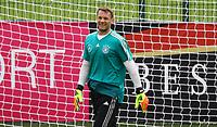 Torwart Manuel Neuer (Deutschland Germany) freut sich dabei zu sein - 24.05.2018: Training der Deutschen Nationalmannschaft zur WM-Vorbereitung in der Sportzone Rungg in Eppan/Südtirol