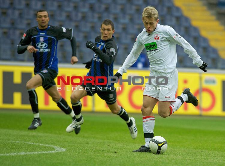 2. Bundesliga 2008 / 2009 18. Spieltag R&uuml;ckrunde<br /> FSV Frankfurt - Rot-Wei&szlig; Ahlen <br /> Martin Stahlberg (RW Ahlen #7) vor Sead Mehic (Frankfurt #8) und Emil Noll (Frankfurt #33) am Ball<br /> <br /> Foto &copy; nph (  nordphoto  )<br /> <br /> ***** Local Caption *****