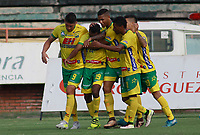 NEIVA  -COLOMBIA, 5-08-2017. Jugadores del Atlético Huila celebran su gol contra Rionegro Águilas.Acción de juego  entre el  Atlético Huila y Rionegro  Águilas  ,  encuentro  por la fecha 6 de la Liga Aguila II 2017  disputado en el estadio Guillermo Plazas Alcid ./ Players of Atletico Huila celebrate their goal agaisnt Rionefro Aguilas. Action game between Atletico Huila   and Rionegro  Aguilas   during match for the date 6 of the Aguila League I I 2017 played at Guillermo Plazas Alcid  stadium . Photo:VizzorImage / Sergio Reyes / Contribuidor
