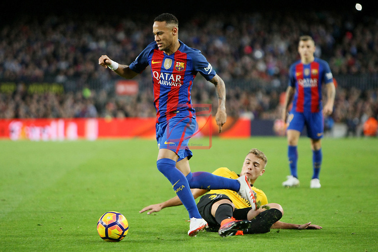 League Santander 2016/2017. Game: 12.<br /> FC Barcelona vs Malaga CF: 0-0.<br /> Javier Ontiveros vs Neymar Jr.