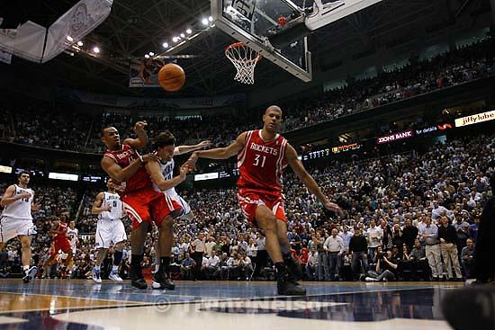 Salt Lake City - Utah Jazz vs. Houston Rockets, game 6, NBA playoffs first round. Houston Rockets forward Shane Battier (31), Utah Jazz guard Gordan Giricek (10), of Croatia, Houston Rockets forward Chuck Hayes (44)