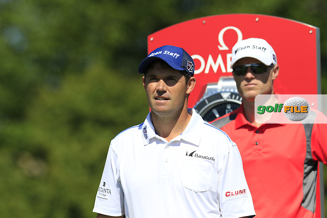 Padraig HARRINGTON (IRL) and caddy Ronan Flood on the 1st tee during Tuesday's Practice Day of the 97th US PGA Championship 2015 held at Whistling Straits, Mosel, Kohler, Wisconsin, United States of America. 11/08/2015.<br /> Picture Eoin Clarke, www.golffile.ie