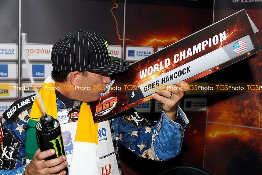 KISS OF A CHAMPION -GREG HANCOCK- FIM Speedway Grand Prix at Gorican, Croatia - 24/09/11 - MANDATORY CREDIT: Rafal Wlosek/TGSPHOTO - Self billing applies where appropriate - 0845 094 6026 - contact@tgsphoto.co.uk - NO UNPAID USE.
