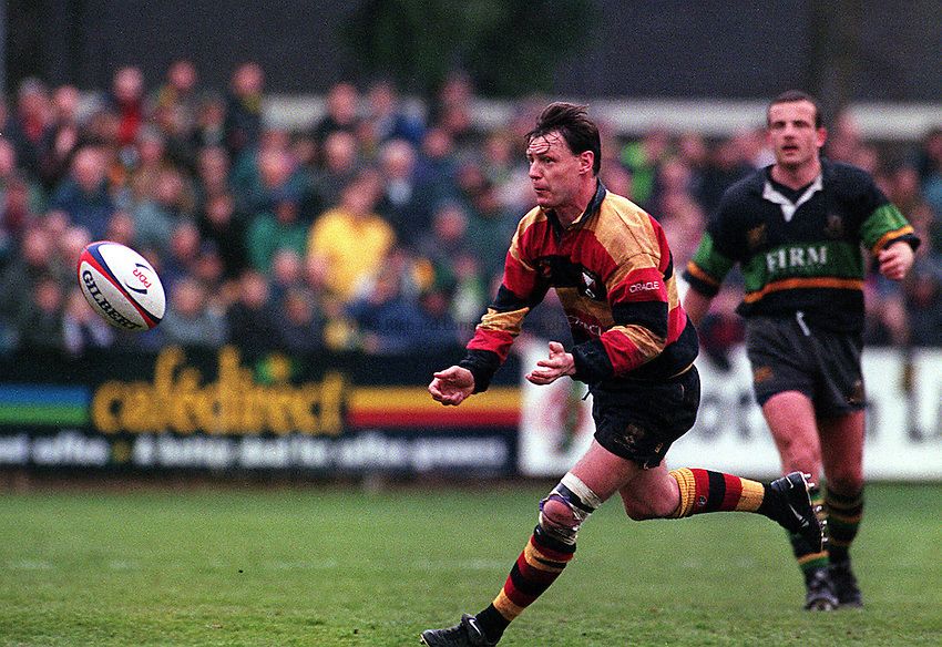 "Photo: Richard Lane.Northampton v Richmond 18.04.98.""Richmonds Adrian Davies in action."""