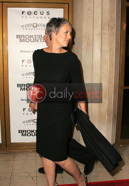 """Jamie Lee Curtis... where you going?<br />at the premiere of """"Brokeback Mountain"""". Mann National Theatre, Westwood, CA. 11-29-05<br />Dave Edwards/DailyCeleb.com 818-249-4998"""