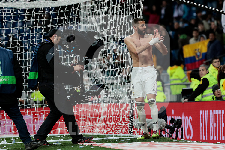 Real Madrid's Karim Benzema celebrates the victory  during La Liga match between Real Madrid and SD Huesca at Santiago Bernabeu Stadium in Madrid, Spain. March 31, 2019. (ALTERPHOTOS/A. Perez Meca)