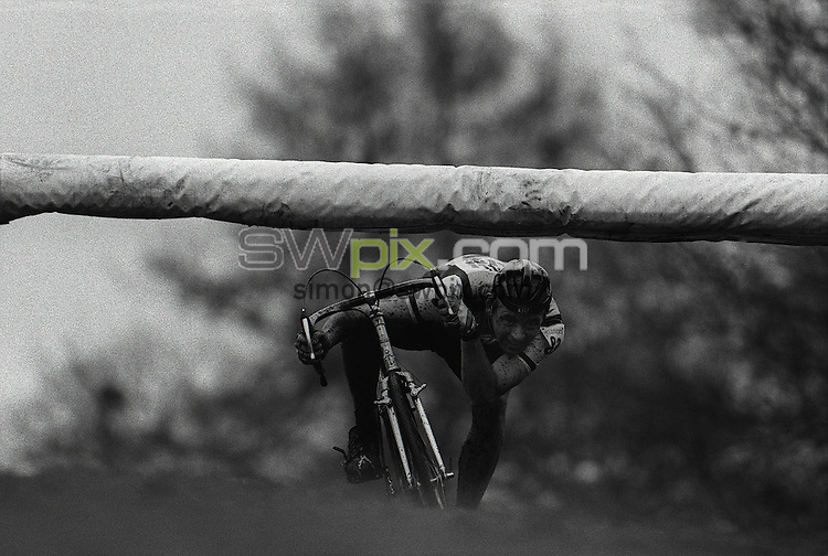Pix:Michael Steele/SWpix...Cyclo cross, Sutton Coldfield, 1987...COPYRIGHT PICTURE>>SIMON WILKINSON..Cyclo Cross, Sutton Coldfield..